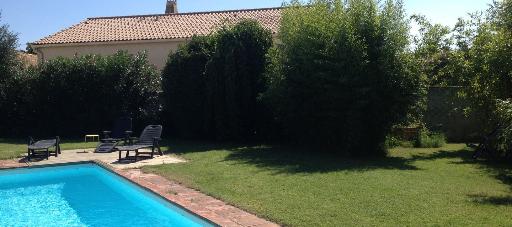 Jardin paysager - bambous terrasse piscine pelouse - Pérols - Jardins Méditerranéens